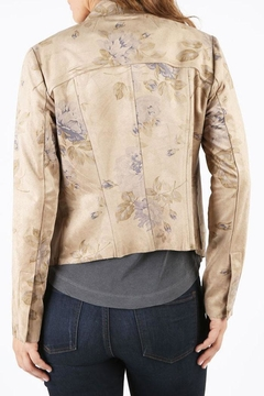 Kut from the Kloth Tayanita Floral Jacket - Alternate List Image