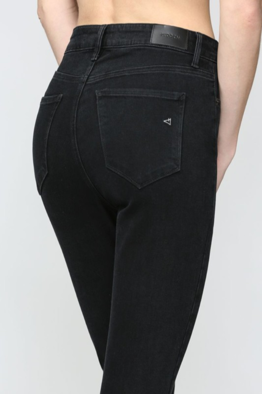 Hidden Jeans Taylor Exposed Buttons Skinny - Back Cropped Image