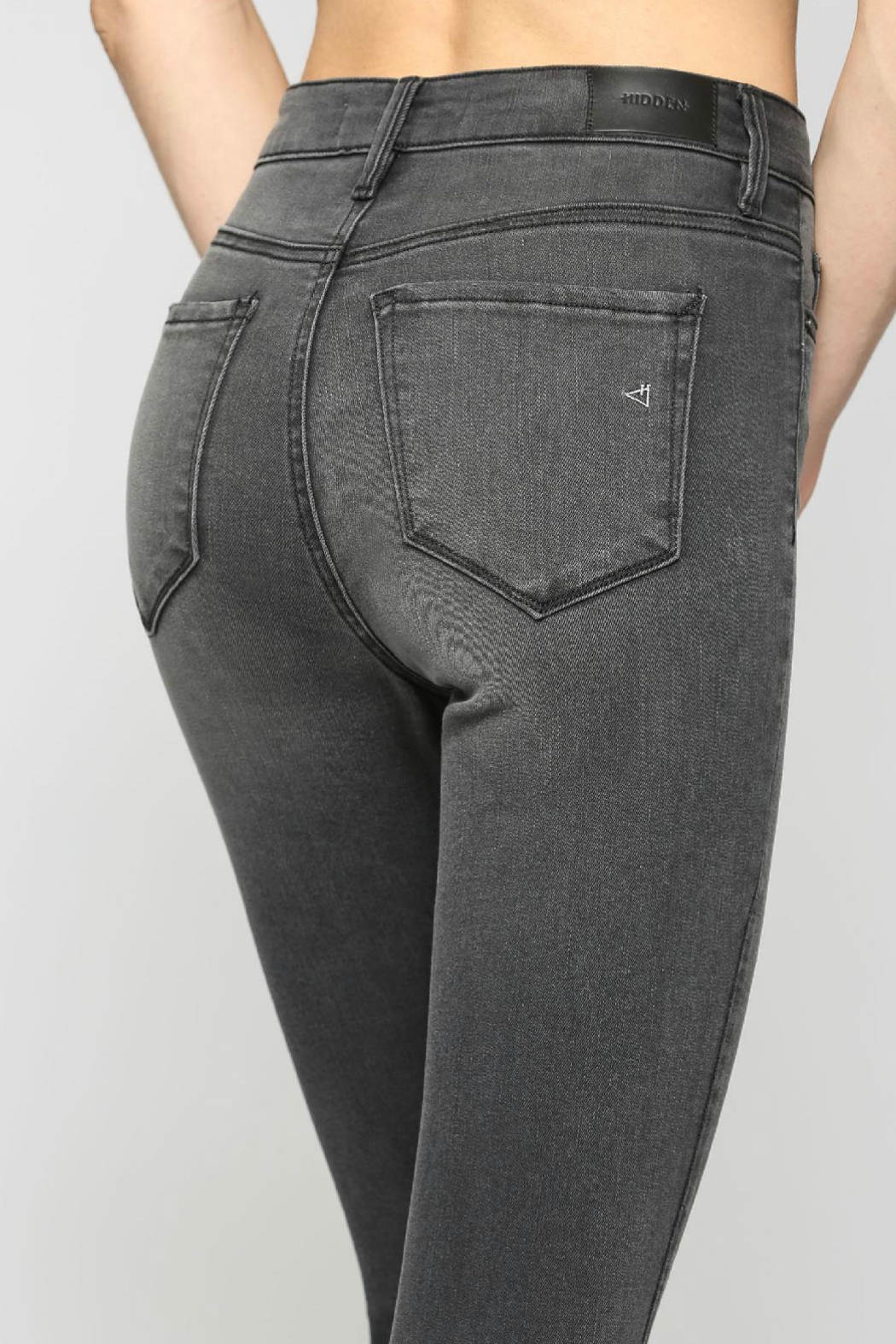 Hidden Jeans TAYLOR GREY HIGH RISE FRAYED SKINNY - Side Cropped Image