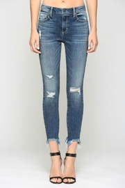 Hidden Jeans Taylor H/R with Fray Hem - Front full body