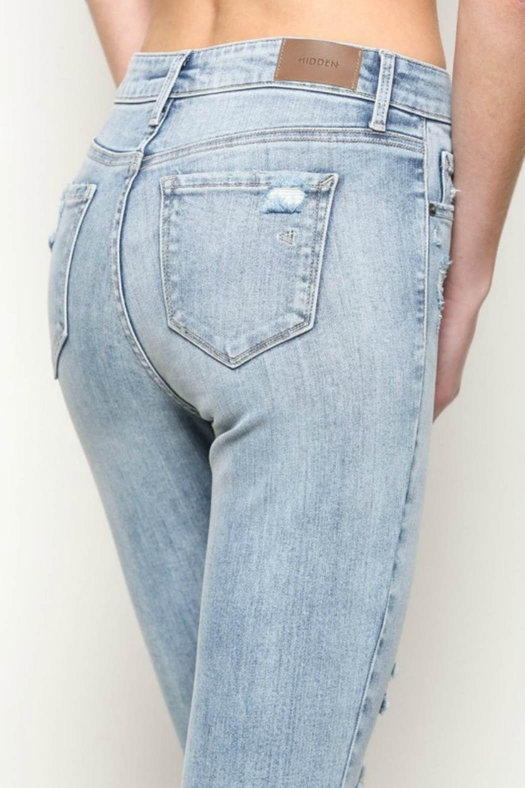 Hidden Jeans TAYLOR HIGH RISE - Back Cropped Image