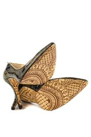 TaylorSays Hena Pumps - Side cropped