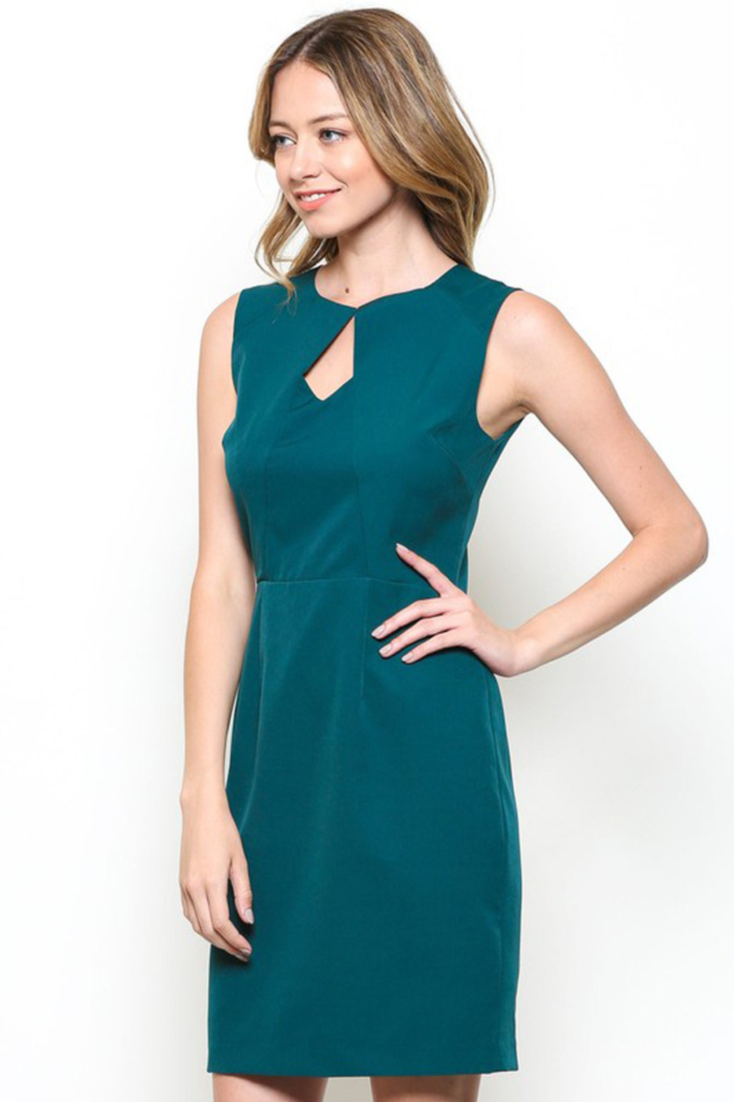 Esley Teal Sleeveless Sheath Dress with Front Cut-Out - Back Cropped Image
