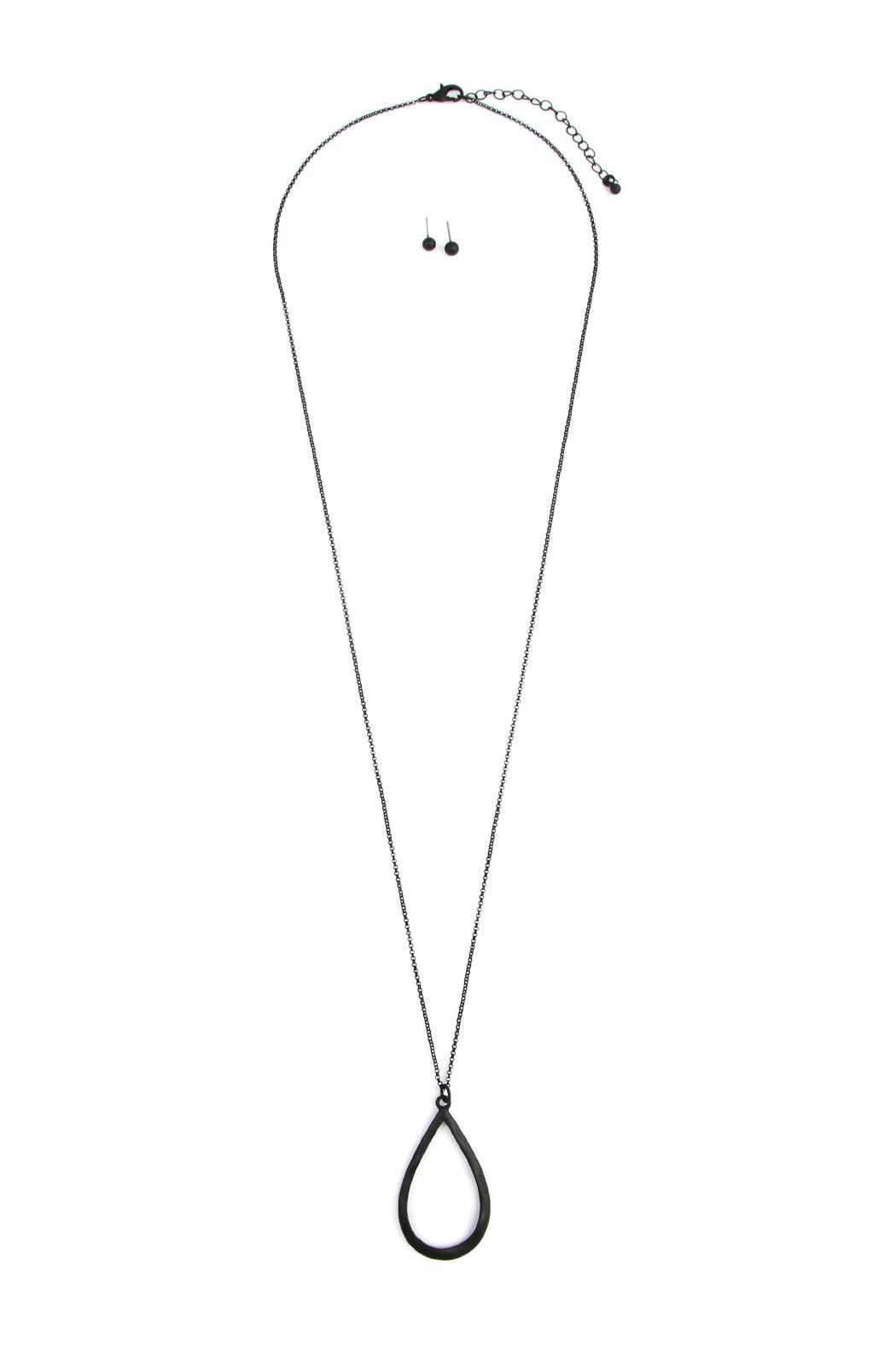 Riah Fashion Teardrop Pendant Necklace - Front Cropped Image