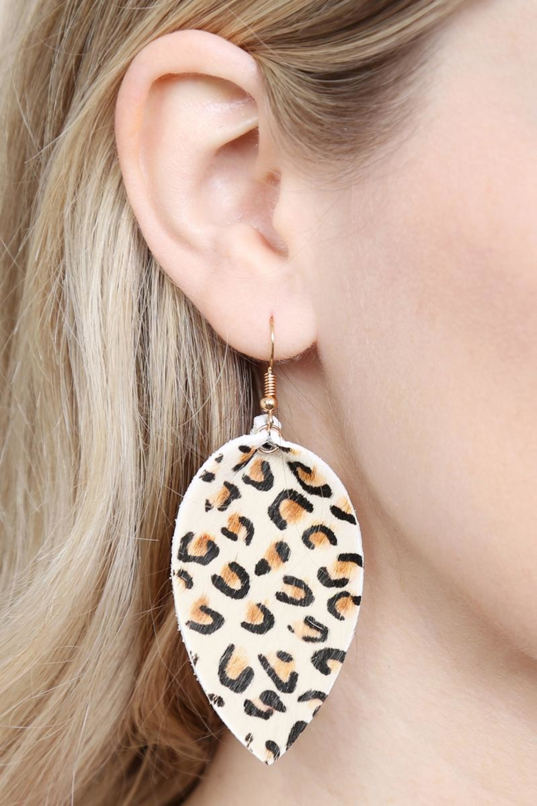 Riah Fashion Leopard Leather Drop-Earrings - Back Cropped Image