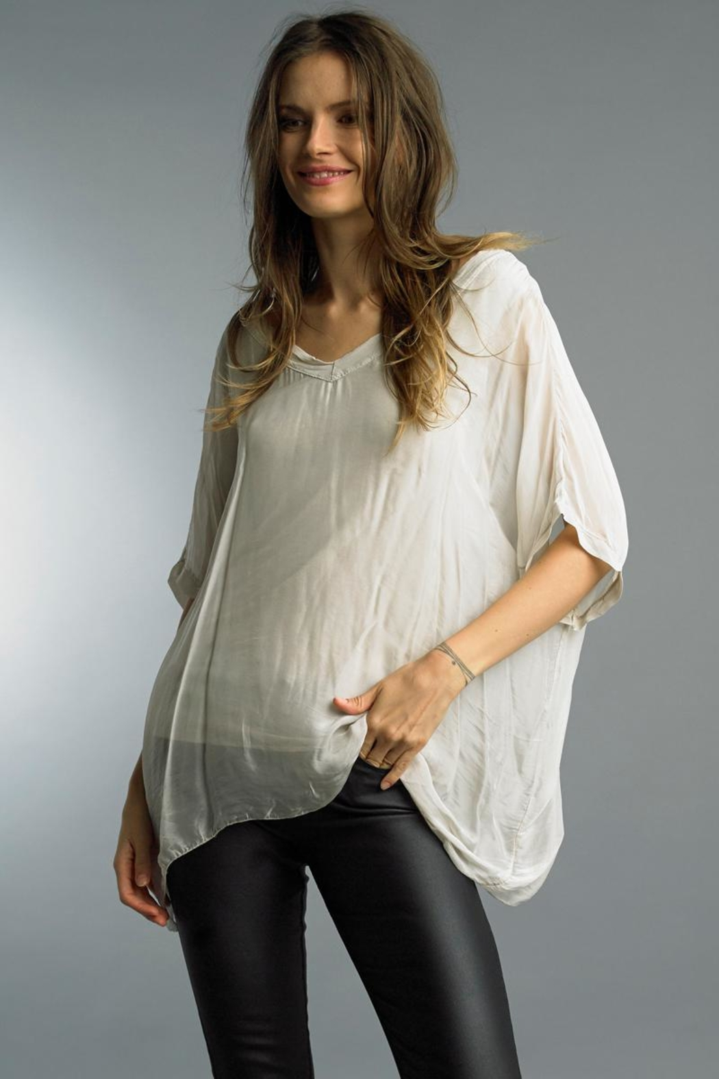 Tempo Paris Boxy Silk Top - Front Cropped Image