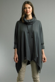 Tempo Paris One Size Poncho - Front cropped
