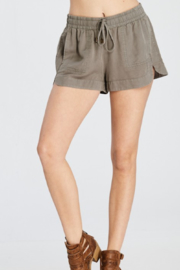Wishlist Tencel Pocketed Mini Shorts - Front cropped