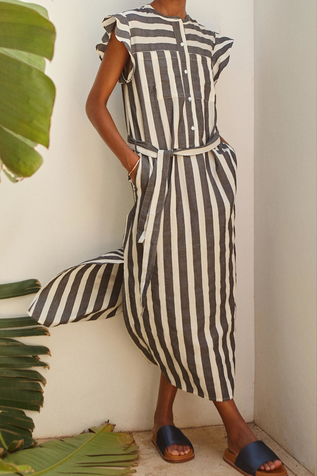 Teoh & Lea Striped Summerdress - Front Full Image