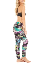 Terez Camo Tallband Legging - Side cropped
