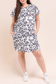 Gilli Terry Leo Dress Curvy - Product Mini Image