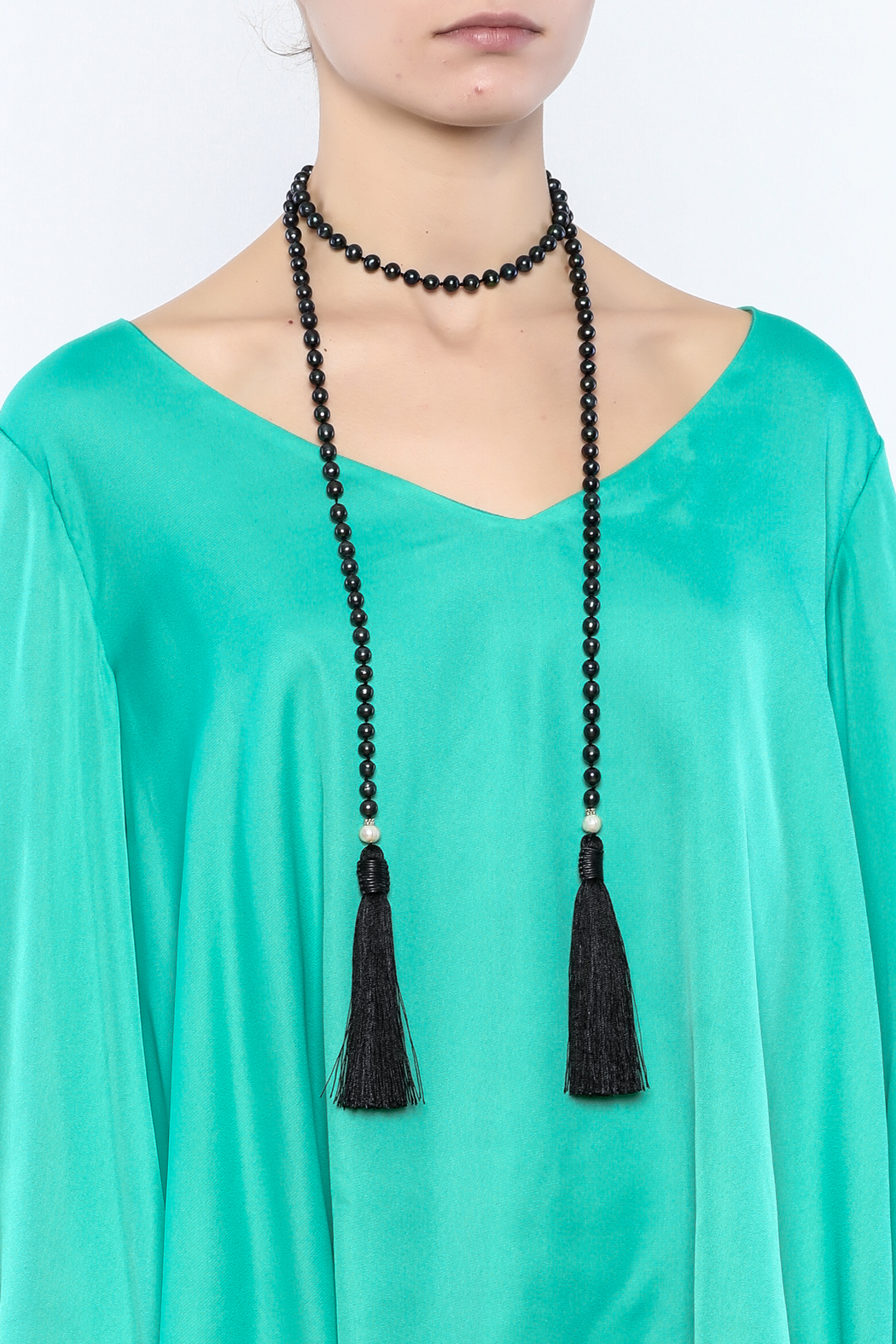 Texas Beach Boutique Black Pearl Lariat - Back Cropped Image