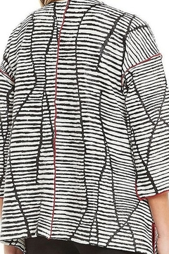 IC Collection Textured Striped Jacket W/Single Button 3/4 Sleeves - Alternate List Image