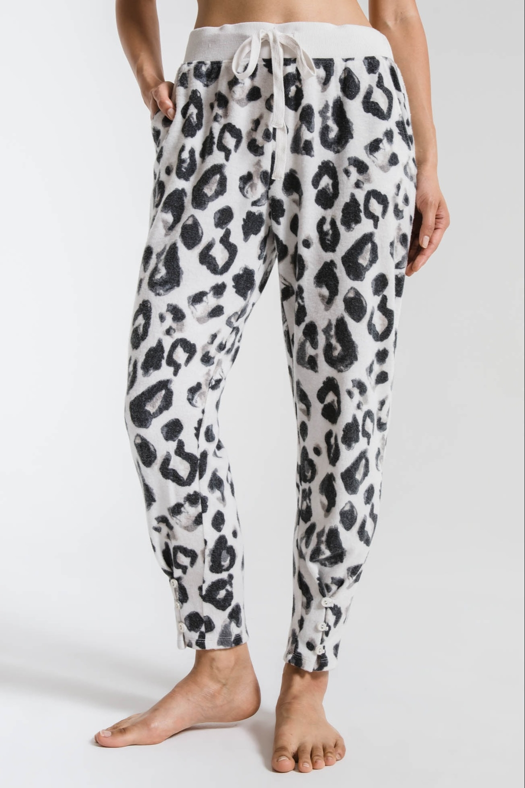 z supply The Amur Leopard Pant - Front Cropped Image