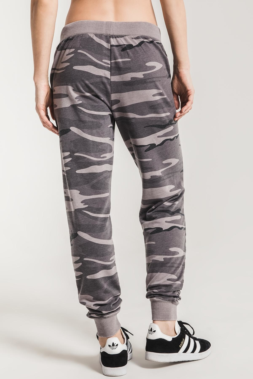 z supply The Camo Jogger - Back Cropped Image