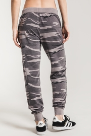 z supply The Camo Jogger - Back cropped