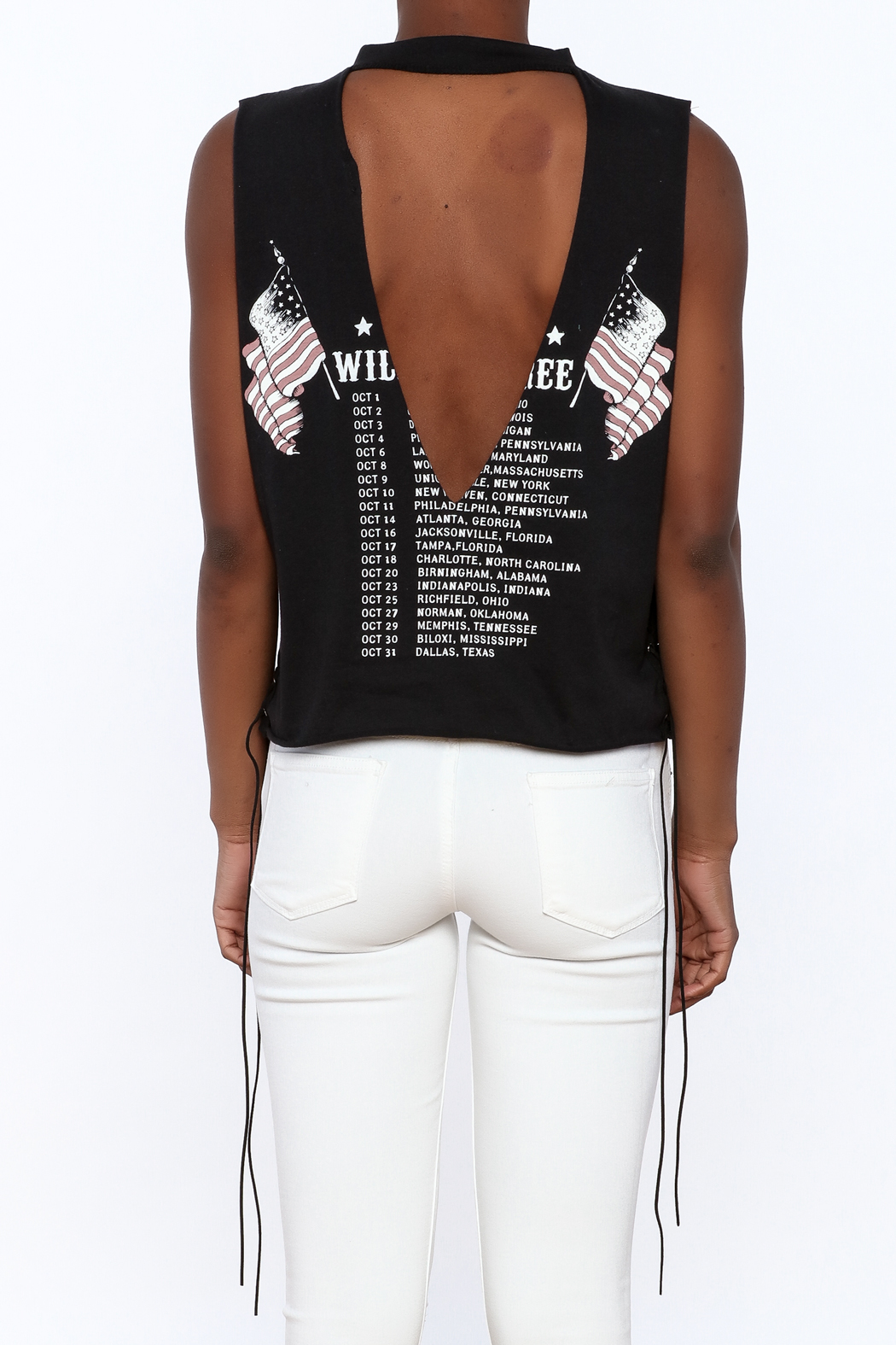 The Classic Black Graphic Tee - Back Cropped Image