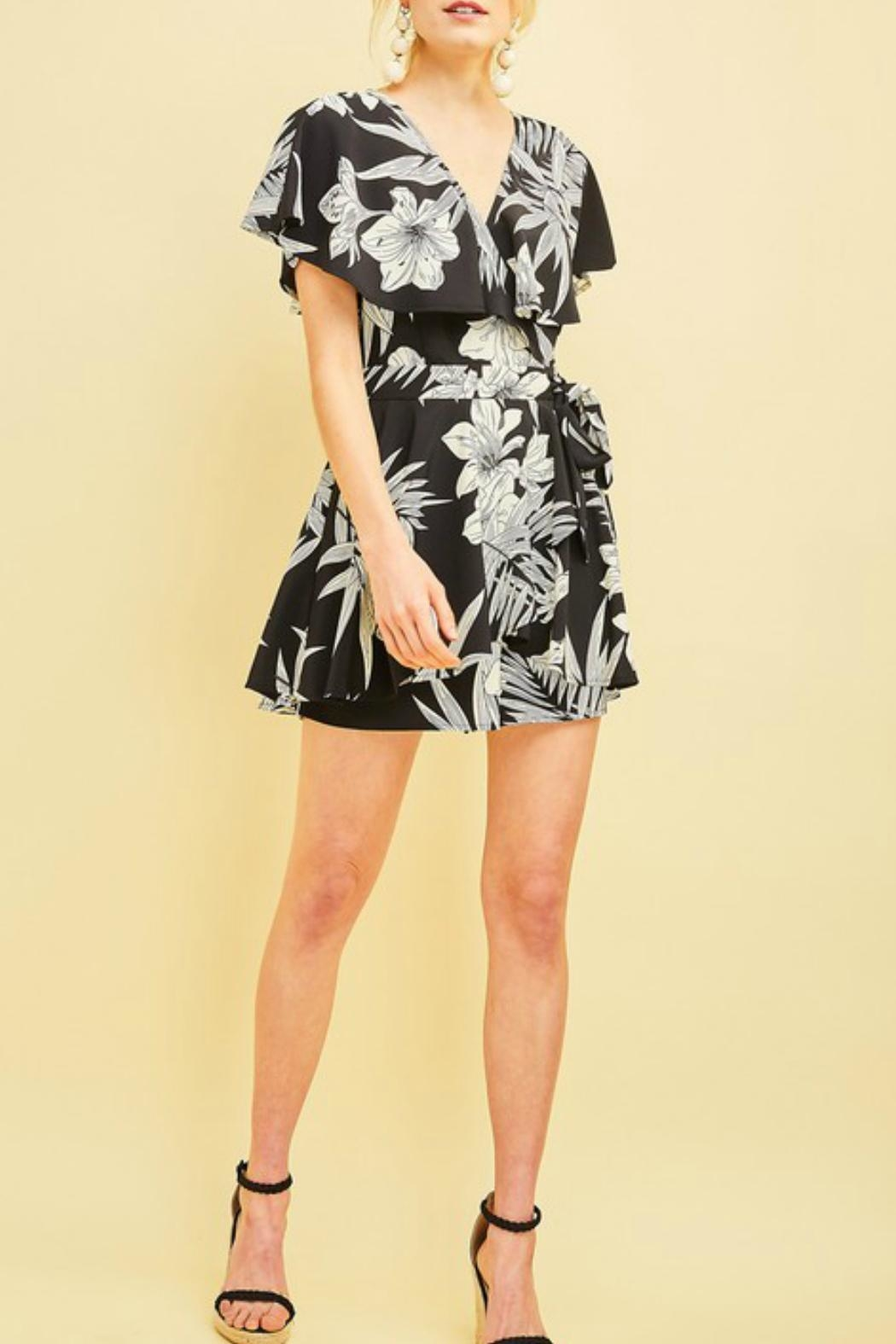 Entro The Danielle Romper - Side Cropped Image