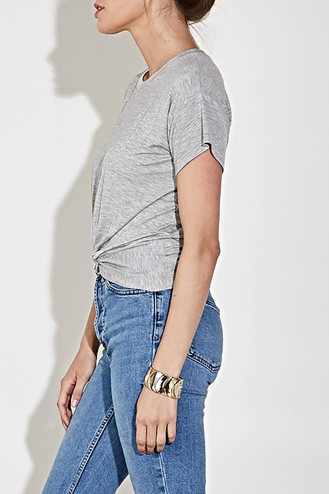 blue blush The Eve Tee - Side Cropped Image