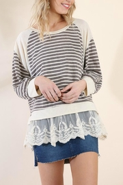 Umgee USA The Lacey Tunic - Back cropped