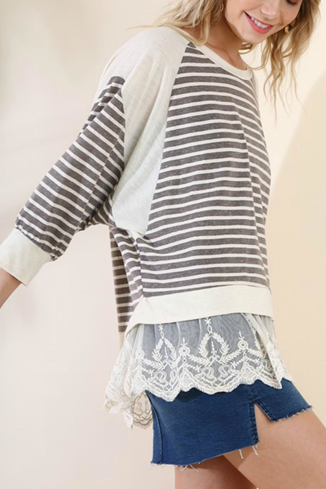 Umgee USA The Lacey Tunic - Front Full Image
