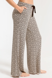 z supply The Mini Heart Wideleg Pant - Side cropped
