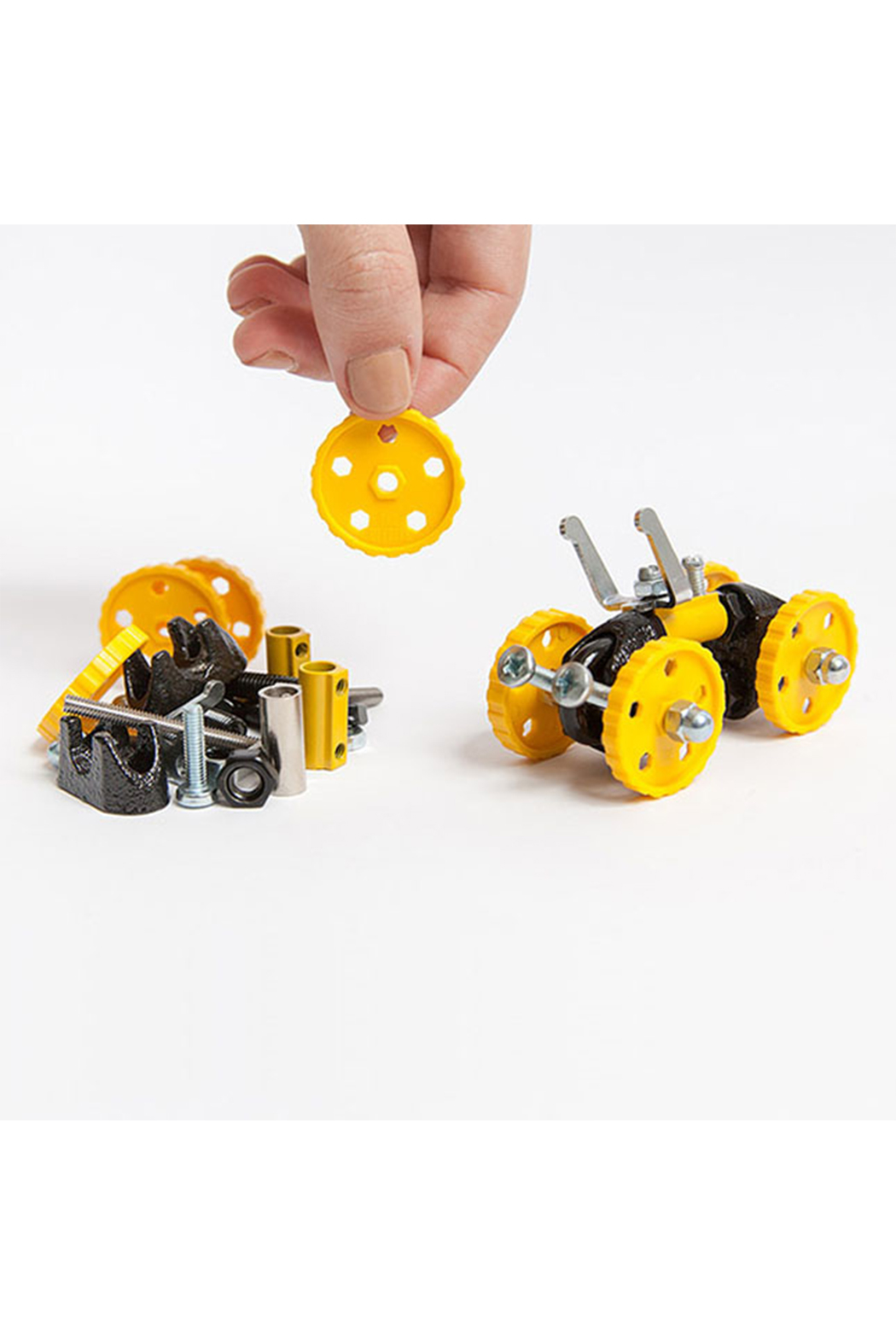 Fat Brain Toys The Off Bits: The Art Of Spare Parts Vehicle Kit - Side Cropped Image