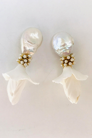 The Pink Reef pearl hanging flower earring - Front cropped
