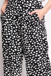 Pink Martini The polka Pant - Front full body