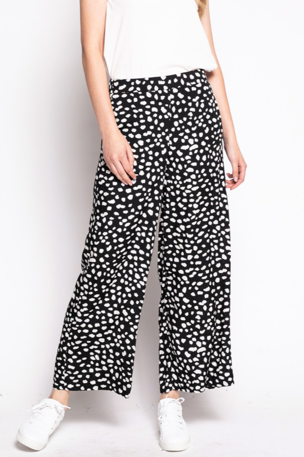Pink Martini The polka Pant - Front Cropped Image
