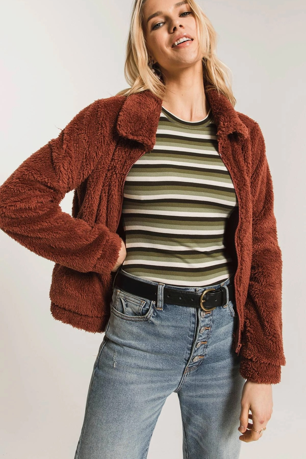 z supply The Sherpa Crop Jacket - Front Full Image