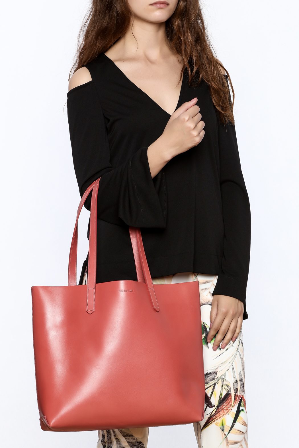 The Stowe Rose Red Tote - Back Cropped Image
