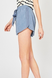Entro The Versa Short - Back cropped