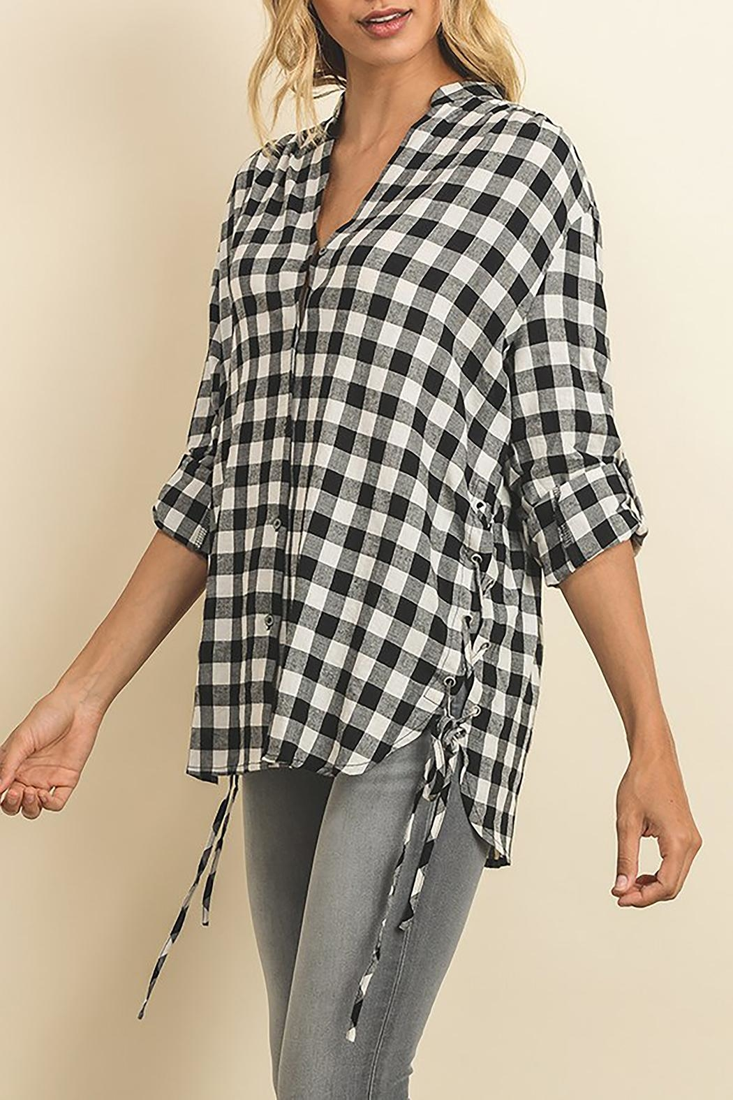 The Butik Gingham Button Down - Front Full Image