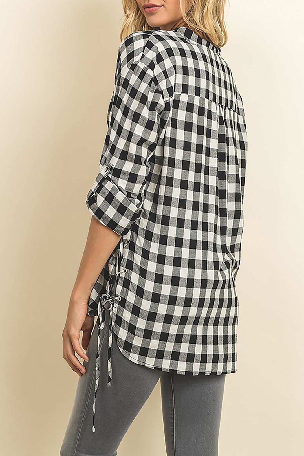 The Butik Gingham Button Down - Side Cropped Image