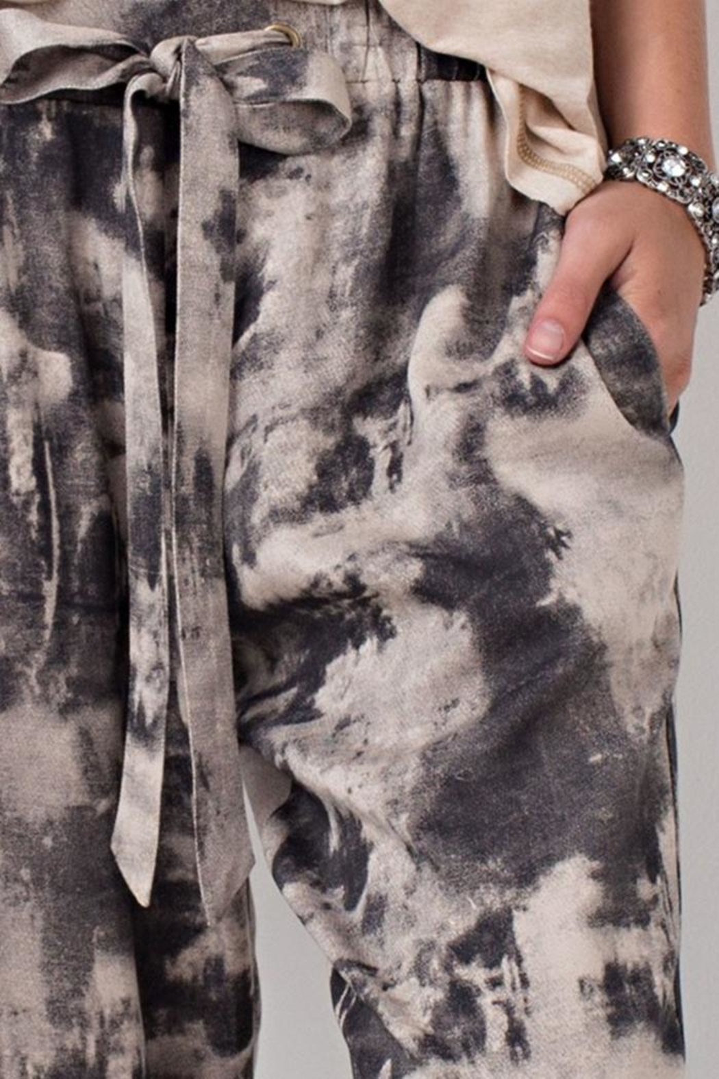 The Butik Tie Dye Joggers - Side Cropped Image