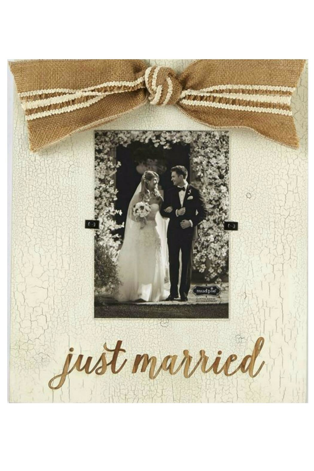 The Gift Pod Just Married Frame - Main Image