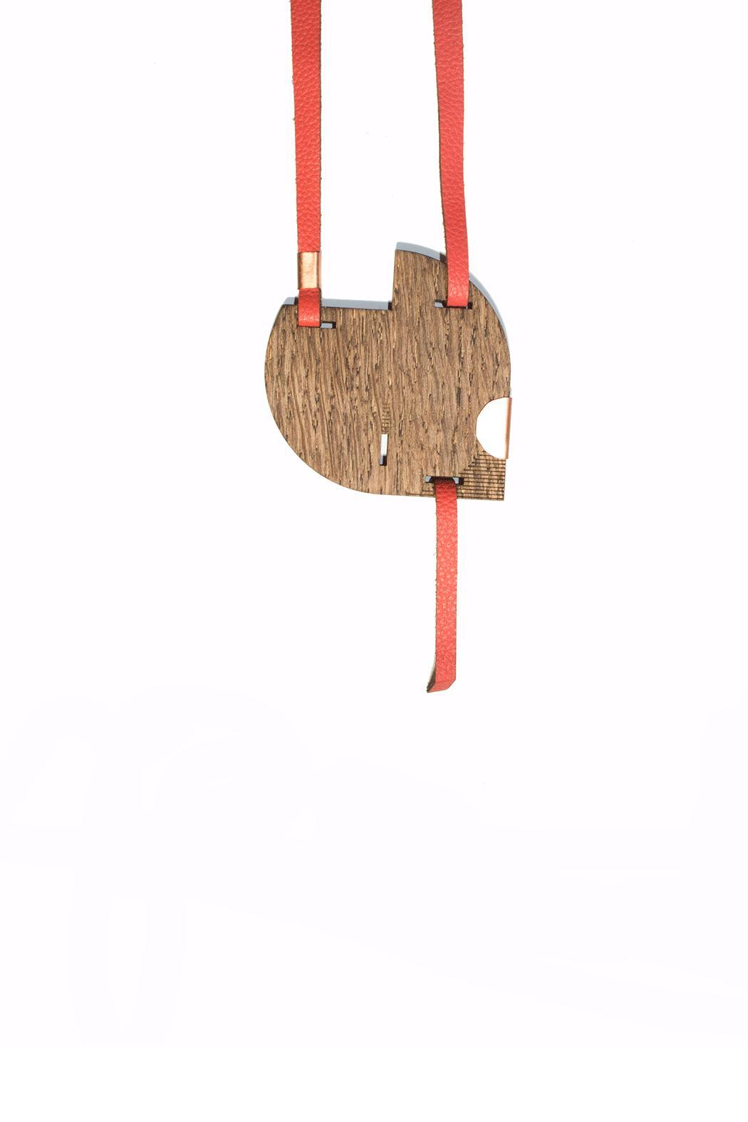 The Habit: Art! Ce Mira Necklace - Front Full Image