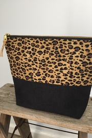 The Lovet Shop Cheetah Clutch - Front full body