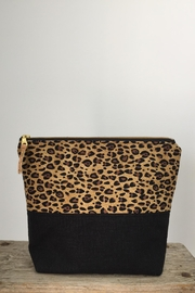 The Lovet Shop Cheetah Clutch - Front cropped