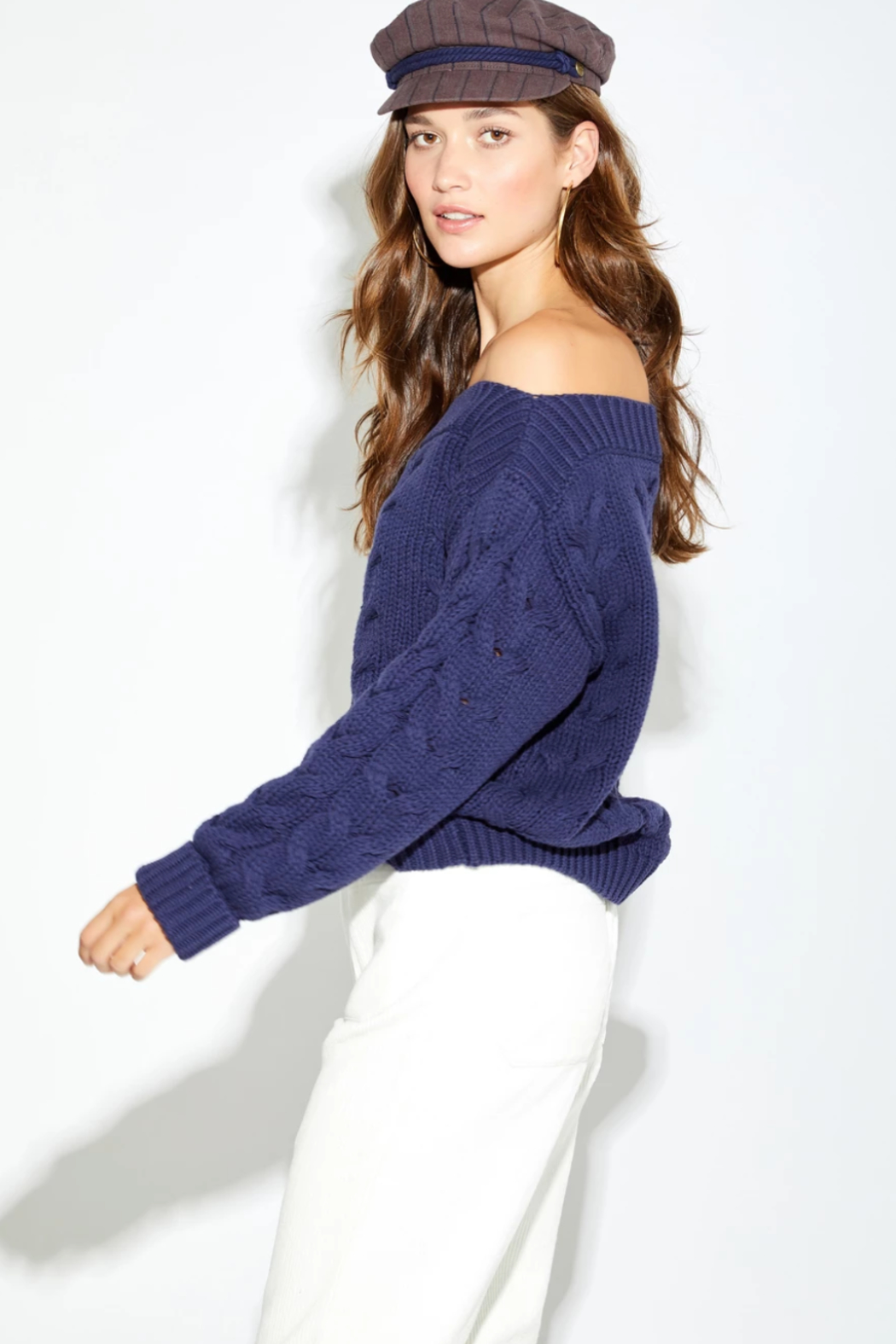 Callahan Thea Sweater - Side Cropped Image