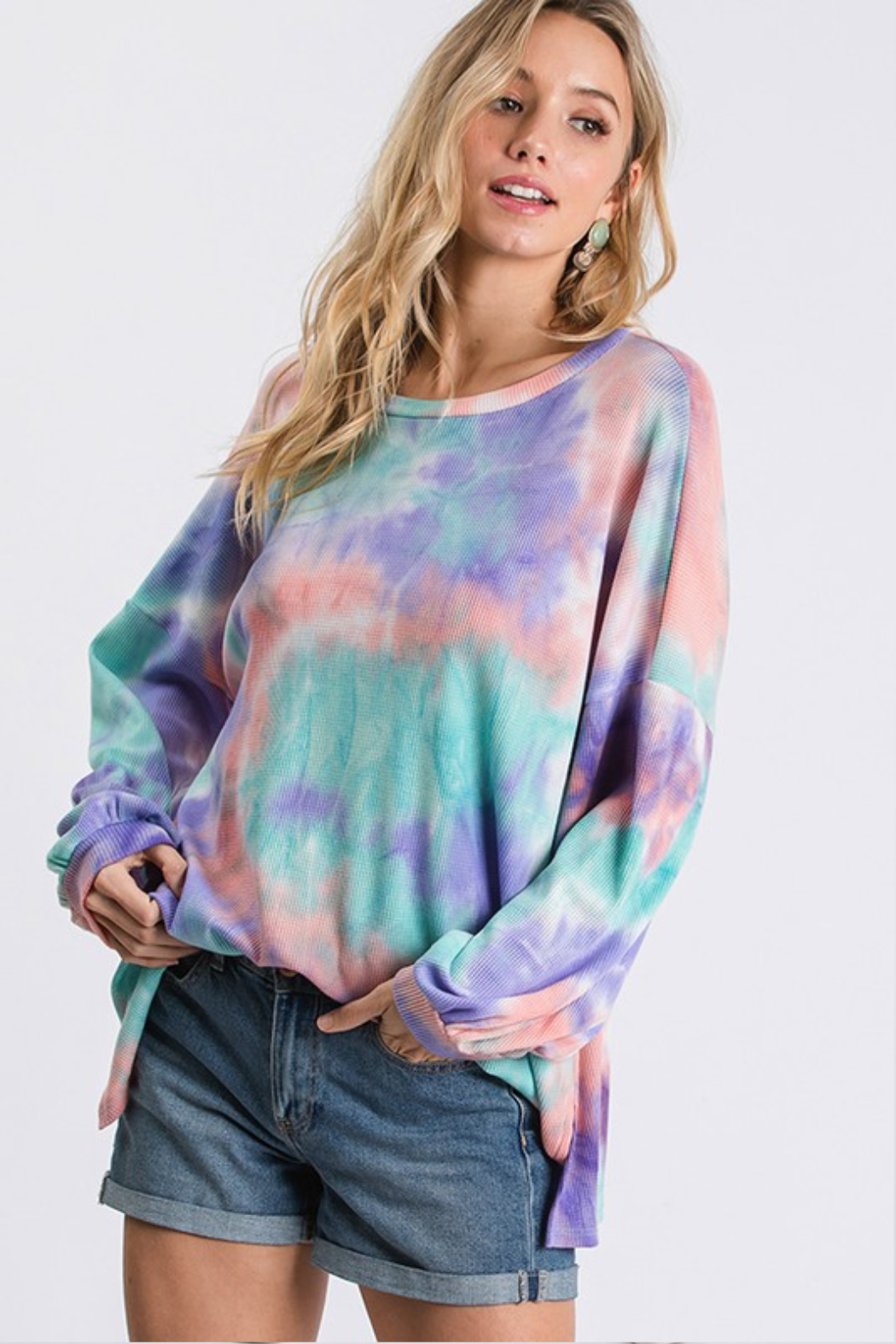 R+D Thermal Tie Dye - Front Cropped Image