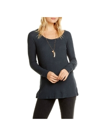 Chaser Thermal Top - Front cropped