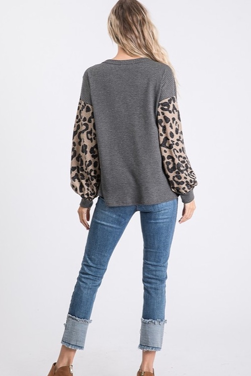 Bibi THERMAL WAFFLE TOP WITH LEOPARD PUFF SLEEVE - Side Cropped Image
