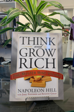 Napoleon Hill  Think and Grow Rich: The master Mind Volume - Alternate List Image