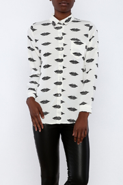 THINK CLOSET Lips Blouse - Product Mini Image