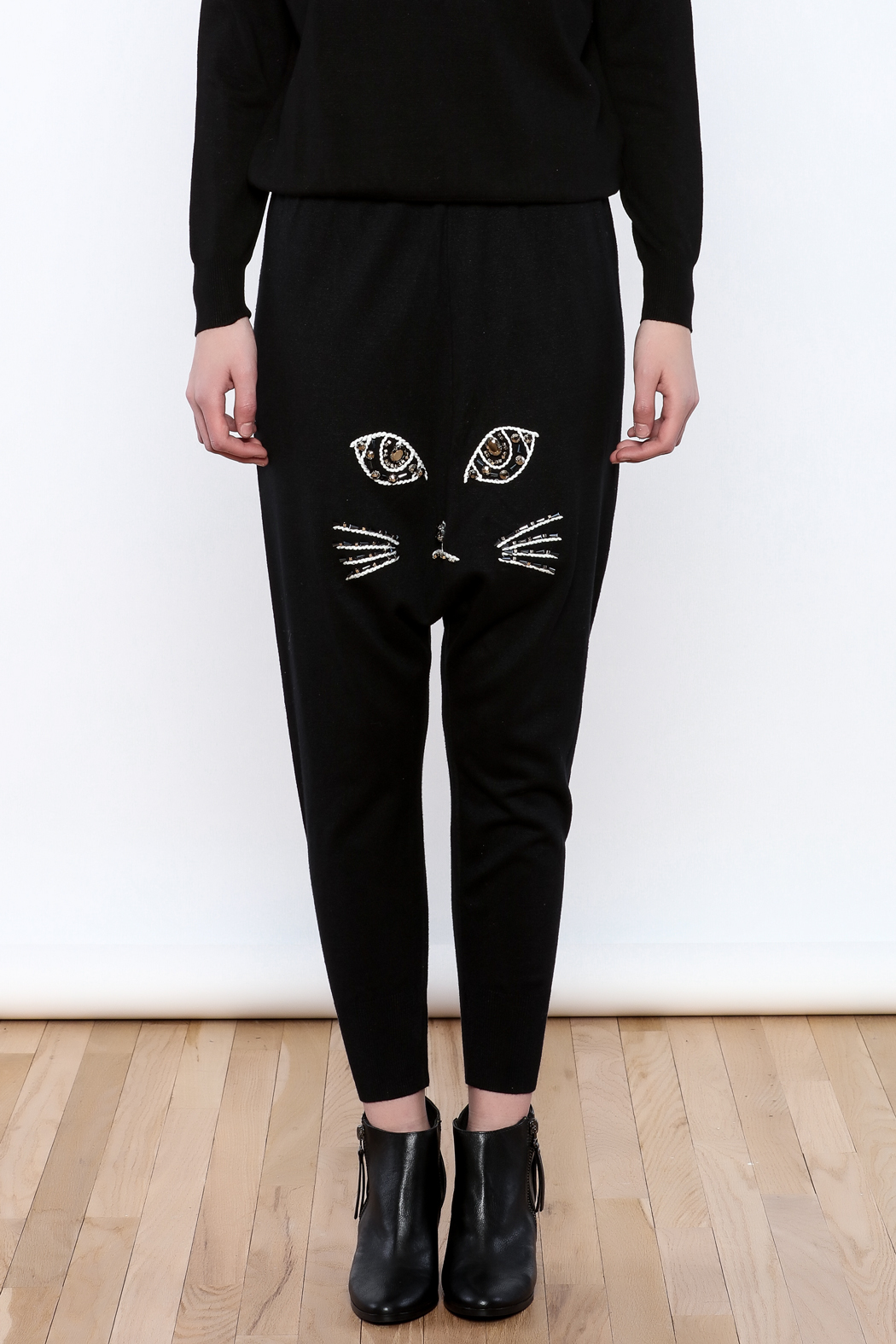 THINK CLOSET Meow Face Pants - Side Cropped Image