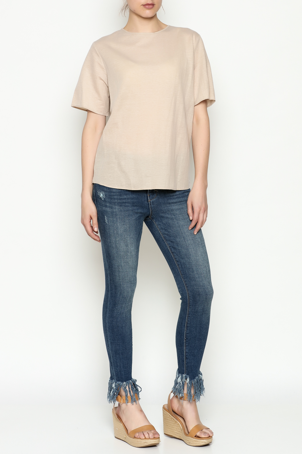 THINK CLOSET Simple Tie Tee - Side Cropped Image