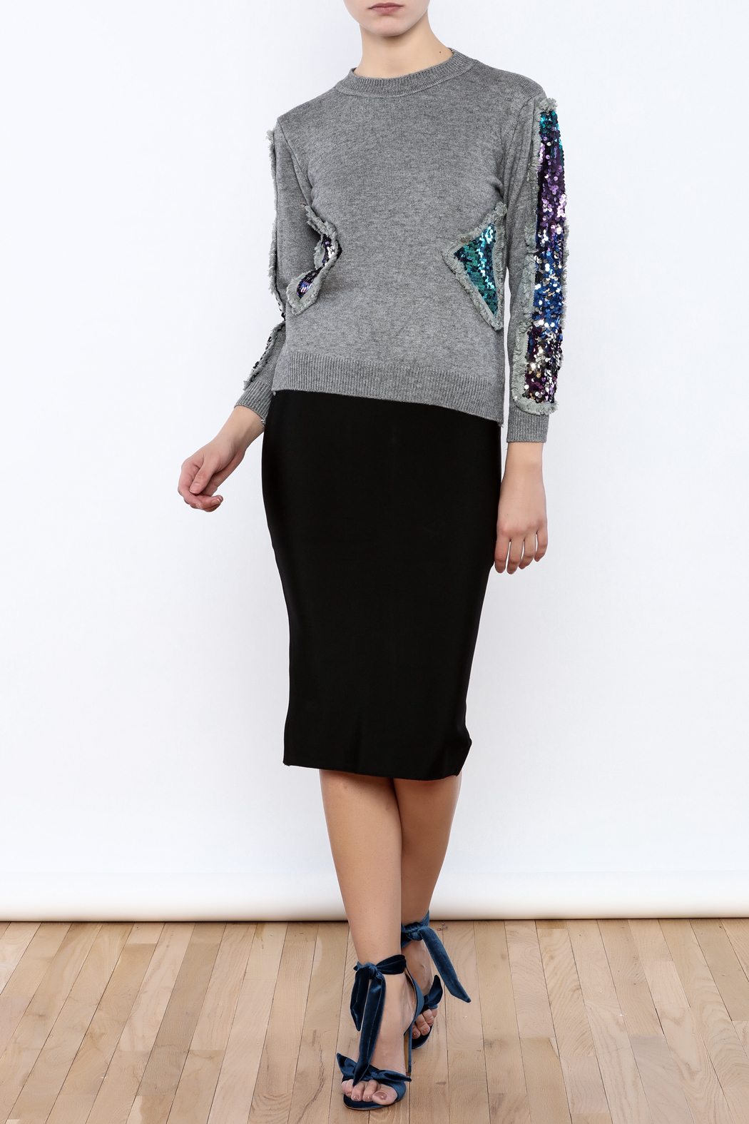 THINK CLOSET Triangle Shapes Sweater - Front Full Image