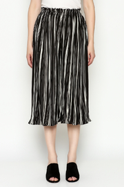 THINK CLOSET Stripe Gaucho Pants - Front full body